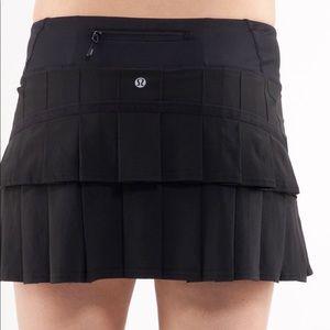 LULULEMON black Skort Skirt 8 pace setter golf
